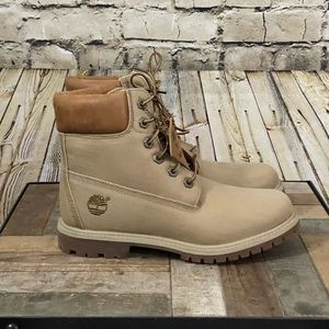 RARE Women's waterproof timberlands size 7 NWOT